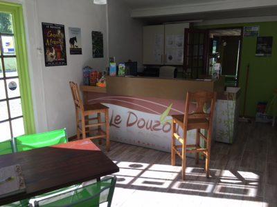 Le camping 3 étoiles le Douzou en Dordogne Périgord Noir près de Sarlat vous accueille d'avril à septembre dans une ambiance familiale et conviviale