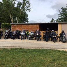 Le camping Le Douzou près de Domme en Dordogne Périgord Noir accueille des groupes avec des offres sur mesure