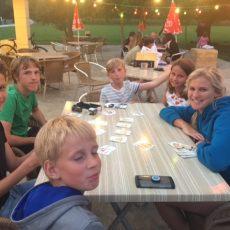 Tout l'été un animateur est présent au camping 3 étoiles le Douzou près de Sarlat en Dordogne Périgord Noir