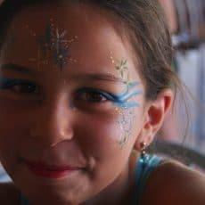 Nous organisons tous les mardis un atelier maquillage gratuit pour les petits comme pour les grands