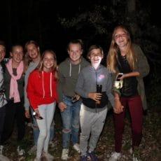 Des animations nocturnes sont organisées pour les enfants au camping 3 étoiles le Douzou e Dordogne Périgord Noir
