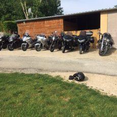 Le camping 3 étoiles le Douzou en Dordogne Périgord noir propose des séjours avec repas et petits déjeuner pour les groupes comme les motards