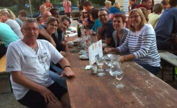 Le camping 3 étoiles le Douzou en Dordogne Périgord Noir est la promesse de vacances conviviales
