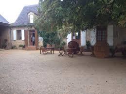 La Borie blanche est une ferme auberge proposant une cuisine locale traditionnelle