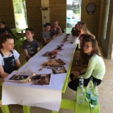 atelier préhistoire accueil groupe scolaire camping perigord