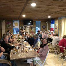 repas bénévols marché de bouzic camping périgord dordogne 3 étoiles