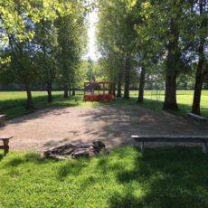 terrain pétanque, jeux, camping périgord