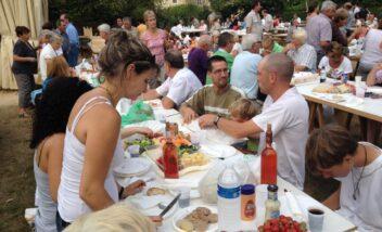 convivialité marché producteurs de bouzic camping dordogne