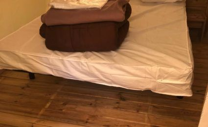 chambre parentale tente lodge camping dordogne 3 étoiles en périgord noir