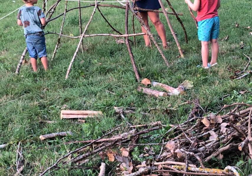 construction cabane camping dordogne