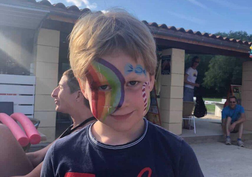 maquillage garçon camping dordogne