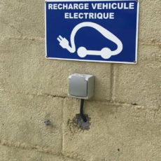 prise rechargement voiture électrique camping dordogne