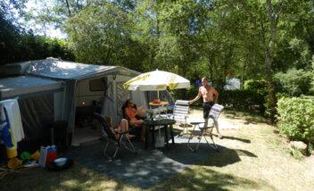 emplacements camping dordogne le douzou