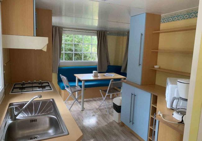interieur confortable mobile home 2 chambres antares camping périgord 3 étoiles
